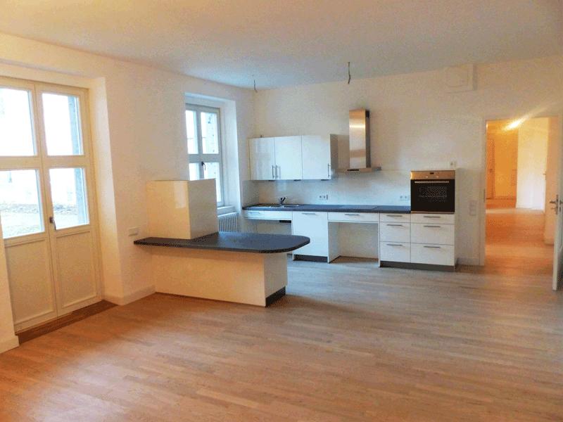 Wohnung-2_03-großer-Wochnbereich