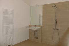 212 Dusche mit Trocknungsheizung